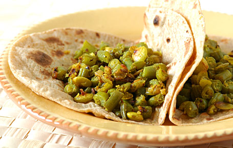 3-bean curry with chapatis