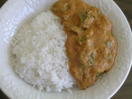 Capsicum-Peanut Curry with Rice
