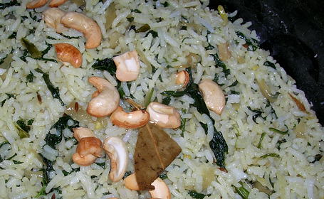 Palak Pulav ~ from Nav of Memories and Meals