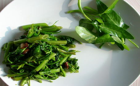 Water Spinach (Kong Xin Cai) ~ from Pepper of Frugal Cuisine