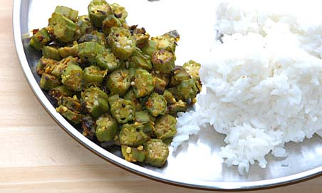 Okra Curry with Rice
