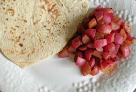 Red radish curry with chapatis