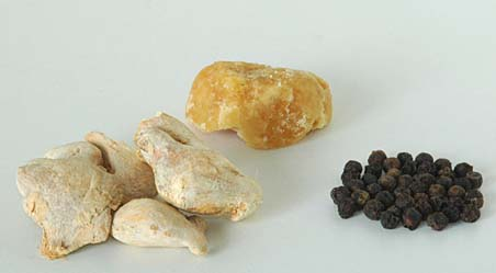 Sonti (Dried Ginger), Black peppercorns and Jaggery